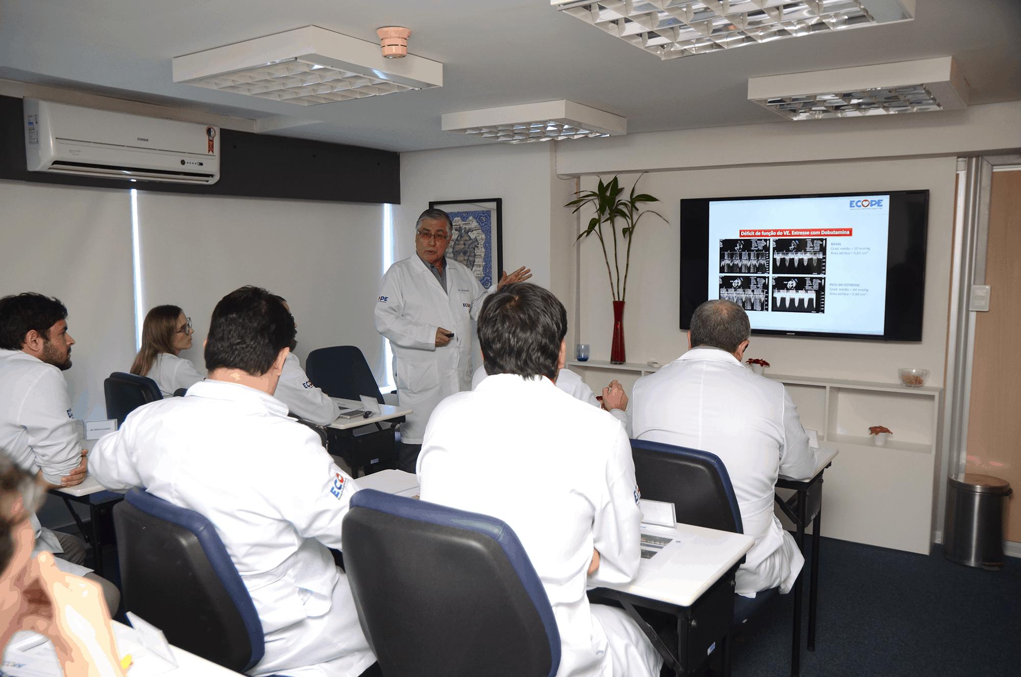 Escola de Ecografia de Pernambuco lança curso para prova de título e atualização